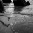 Si quieres comenzar una relación de pareja que funcione bien es necesario que cuentes con tres condiciones: estar libre, disponible y dispuesto(a).  LIBRE Sólo una persona libre puede amar. Libre de ataduras, de complejos, de miedos, de tabúes, de dudas. Así dicho parece que nadie está libre para amar, sin embargo, es ahí, precisamente con las parejas que has compartido la vida, como te vas liberando de tu carga. […]